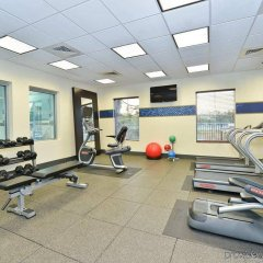 Отель Hampton Inn & Suites Columbia/Southeast-Fort Jackson фитнесс-зал