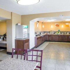 Отель Quality Inn & Suites Denver Stapleton питание фото 2
