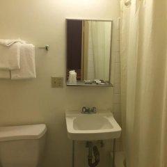 Отель Stillwell Hotel США, Лос-Анджелес - отзывы, цены и фото номеров - забронировать отель Stillwell Hotel онлайн ванная