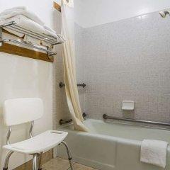 Отель Quality Inn And Suites Gilroy США, Гилрой - отзывы, цены и фото номеров - забронировать отель Quality Inn And Suites Gilroy онлайн ванная