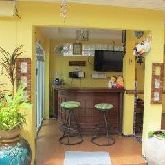 Отель Pius Place гостиничный бар