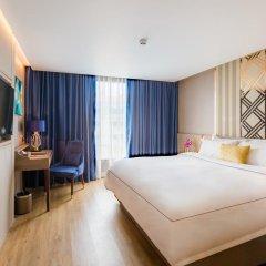 Отель Glow Sukhumvit 5 By Centropolis Бангкок комната для гостей фото 4