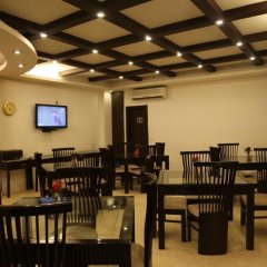 Отель Walnut Castle Индия, Нью-Дели - отзывы, цены и фото номеров - забронировать отель Walnut Castle онлайн питание фото 3