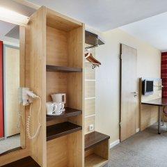 Отель Holiday Inn Express Berlin City Centre-West удобства в номере фото 2