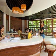 Отель Bans Diving Resort Таиланд, Остров Тау - отзывы, цены и фото номеров - забронировать отель Bans Diving Resort онлайн гостиничный бар