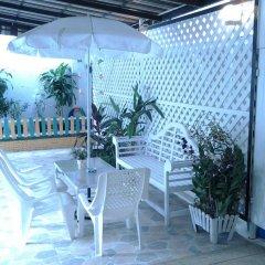 Отель Little Vacation House Бангкок бассейн