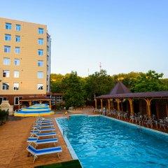 Гостиница Приморьe De Luxe в Ольгинке отзывы, цены и фото номеров - забронировать гостиницу Приморьe De Luxe онлайн Ольгинка бассейн фото 2