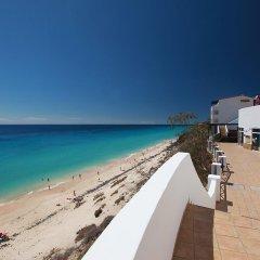 Отель Tui Magic Life Fuerteventura Испания, Джандия-Бич - отзывы, цены и фото номеров - забронировать отель Tui Magic Life Fuerteventura онлайн пляж фото 2