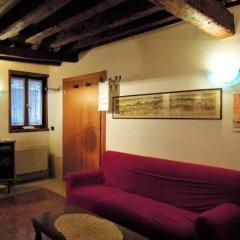 Отель Iris Италия, Венеция - 3 отзыва об отеле, цены и фото номеров - забронировать отель Iris онлайн комната для гостей фото 2
