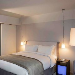 Отель Sofitel Paris Arc De Triomphe Франция, Париж - отзывы, цены и фото номеров - забронировать отель Sofitel Paris Arc De Triomphe онлайн комната для гостей фото 3