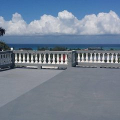 Отель Palm View Guesthouse And Conference Centre Монтего-Бей пляж