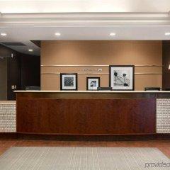Отель Hampton Inn NY-JFK Jamaica-Queens США, Нью-Йорк - 1 отзыв об отеле, цены и фото номеров - забронировать отель Hampton Inn NY-JFK Jamaica-Queens онлайн интерьер отеля фото 3