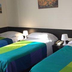 Hotel 7 Mari Бари комната для гостей