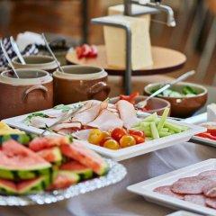 Отель Danhostel Aarhus Дания, Орхус - отзывы, цены и фото номеров - забронировать отель Danhostel Aarhus онлайн питание фото 2
