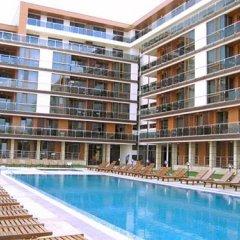 Отель Pomorie Bay Apartments and Spa Болгария, Поморие - отзывы, цены и фото номеров - забронировать отель Pomorie Bay Apartments and Spa онлайн бассейн