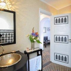 Отель Albarnous Maison d'Hôtes Марокко, Танжер - отзывы, цены и фото номеров - забронировать отель Albarnous Maison d'Hôtes онлайн ванная