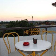 Отель Vallian Village Hotel Греция, Петалудес - отзывы, цены и фото номеров - забронировать отель Vallian Village Hotel онлайн балкон