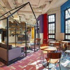 Отель Generator Amsterdam Нидерланды, Амстердам - 3 отзыва об отеле, цены и фото номеров - забронировать отель Generator Amsterdam онлайн питание фото 3