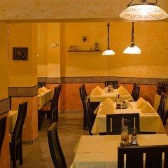 Отель Mountview Lodge Hotel Болгария, Банско - отзывы, цены и фото номеров - забронировать отель Mountview Lodge Hotel онлайн питание фото 3