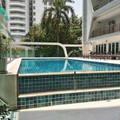 Отель Le Tada Residence Бангкок бассейн