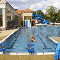 Отель Metropol Чехия, Франтишкови-Лазне - отзывы, цены и фото номеров - забронировать отель Metropol онлайн бассейн фото 3