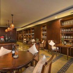 Hanoi La Siesta Diamond Hotel гостиничный бар