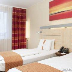 Отель Holiday Inn Express Munich Airport комната для гостей