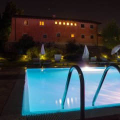 Отель Relais Corte Cavalli Понти-суль-Минчо бассейн фото 3