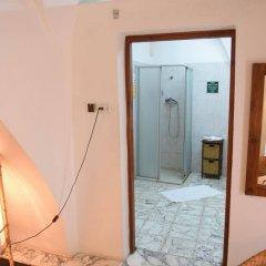 Fauzi Azar by Abraham Hostels Израиль, Назарет - отзывы, цены и фото номеров - забронировать отель Fauzi Azar by Abraham Hostels онлайн комната для гостей фото 2