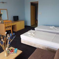 Отель Kalofer Hotel Болгария, Солнечный берег - 1 отзыв об отеле, цены и фото номеров - забронировать отель Kalofer Hotel онлайн детские мероприятия