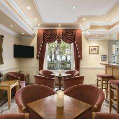 Отель Days Inn Hyde Park гостиничный бар