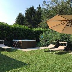 Отель Villa D'Azeglio Албьяно-д'Ивреа бассейн