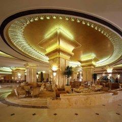 Отель Emirates Palace Abu Dhabi интерьер отеля
