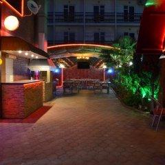 Гостиница Yug Guest House гостиничный бар