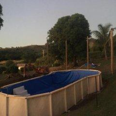 Отель The Beehive Fiji бассейн