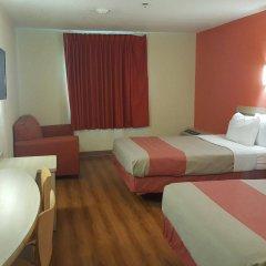 Отель Motel 6 Niagara Falls - New York США, Ниагара-Фолс - отзывы, цены и фото номеров - забронировать отель Motel 6 Niagara Falls - New York онлайн комната для гостей фото 2