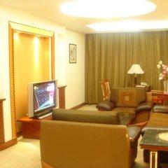 Отель Phoenix Tree Hotel Китай, Пекин - отзывы, цены и фото номеров - забронировать отель Phoenix Tree Hotel онлайн интерьер отеля