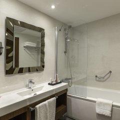 Ramada Hotel & Suites Atakoy Турция, Стамбул - 1 отзыв об отеле, цены и фото номеров - забронировать отель Ramada Hotel & Suites Atakoy онлайн ванная