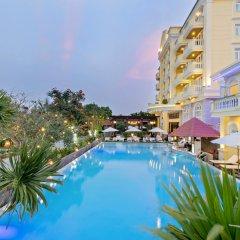 Отель Le Pavillon Hoi An Luxury Resort & Spa бассейн фото 2