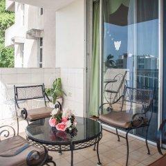 Отель Ocean View Suit-Montego Bay Club Resort Ямайка, Монтего-Бей - отзывы, цены и фото номеров - забронировать отель Ocean View Suit-Montego Bay Club Resort онлайн балкон