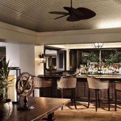Отель Half Moon Ямайка, Монтего-Бей - отзывы, цены и фото номеров - забронировать отель Half Moon онлайн гостиничный бар