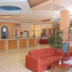 Vangelis Hotel & Suites интерьер отеля