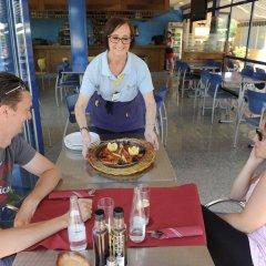 Отель Camping Del Mar Испания, Мальграт-де-Мар - отзывы, цены и фото номеров - забронировать отель Camping Del Mar онлайн питание