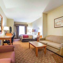 Отель Comfort Inn & Suites Las Vegas - Nellis США, Лас-Вегас - отзывы, цены и фото номеров - забронировать отель Comfort Inn & Suites Las Vegas - Nellis онлайн комната для гостей фото 5