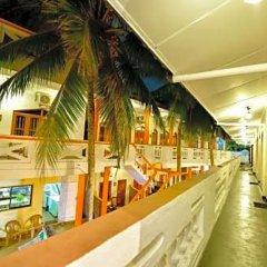 International Beach Hotel & Restaurant интерьер отеля фото 2