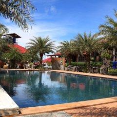 Отель Chomview Resort Ланта бассейн