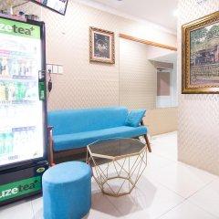 Отель RedDoorz near Tan Son Nhat Airport 3 интерьер отеля