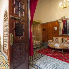 Отель Riad Lalla Zoubida Марокко, Фес - отзывы, цены и фото номеров - забронировать отель Riad Lalla Zoubida онлайн балкон
