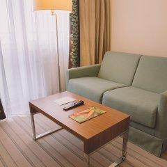Гостиница Hilton Garden Inn Красноярск комната для гостей фото 3
