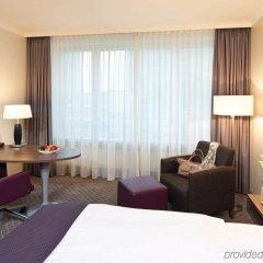 Отель Leonardo Royal Hotel Düsseldorf Königsallee Германия, Дюссельдорф - 3 отзыва об отеле, цены и фото номеров - забронировать отель Leonardo Royal Hotel Düsseldorf Königsallee онлайн удобства в номере фото 2